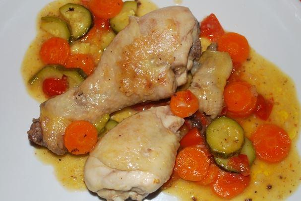 Cosce di pollo alle verdure