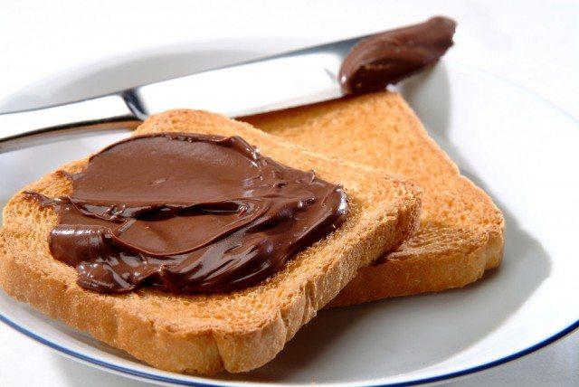 Fette biscottate fatte in casa, la ricetta per iniziare la giornata con una colazione sana e gustosa