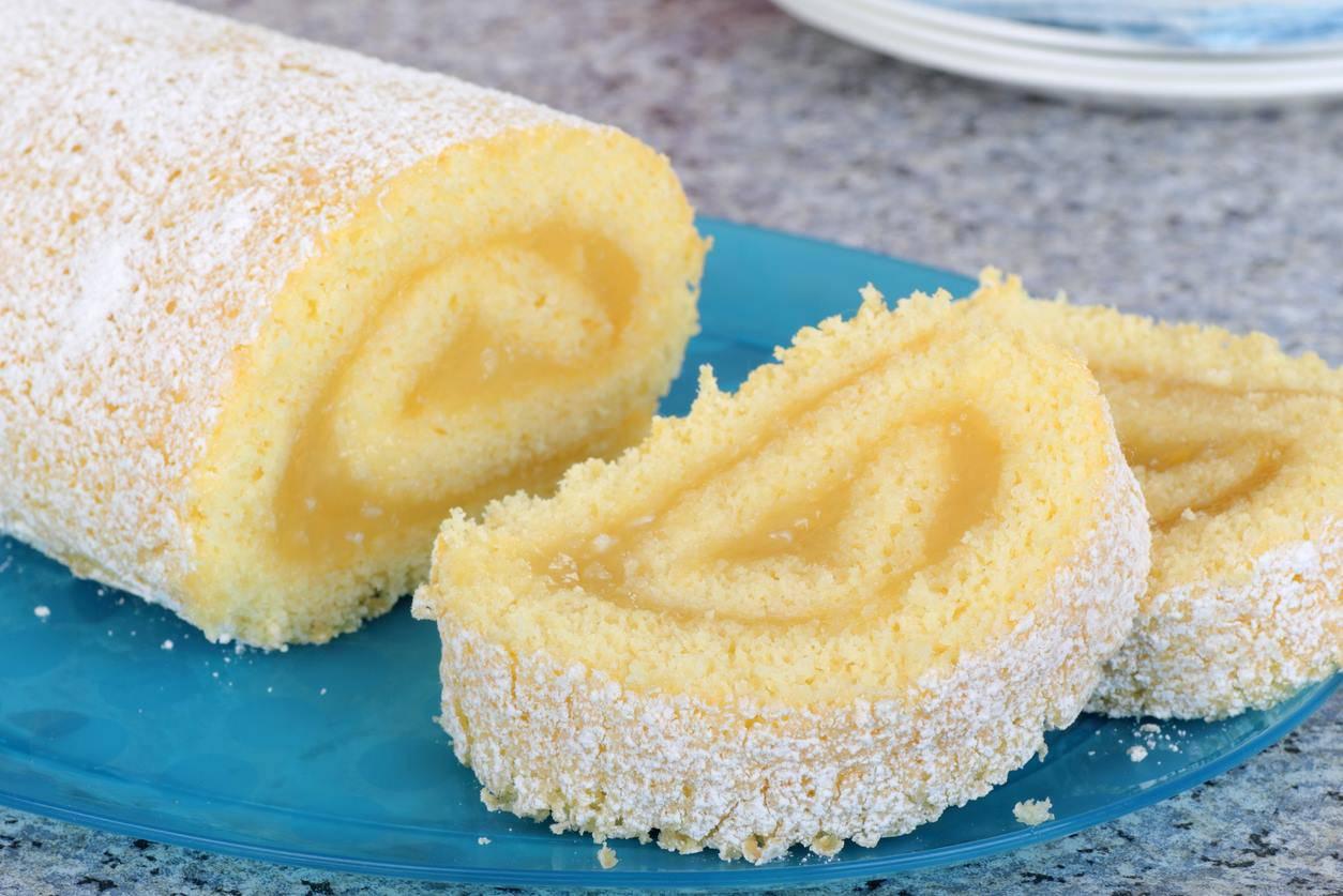 Rotolo al limone con crema al limone senza latte