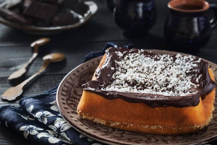 Torta al cappuccino e cioccolato fondente