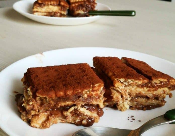 Pizza di Gallette o Torta di Gallette: la Ricetta dell'Antico Dolce Campano