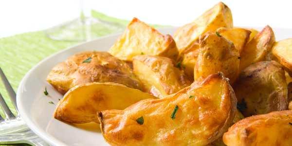 Patate al forno: il segreto per renderle dorate e croccanti