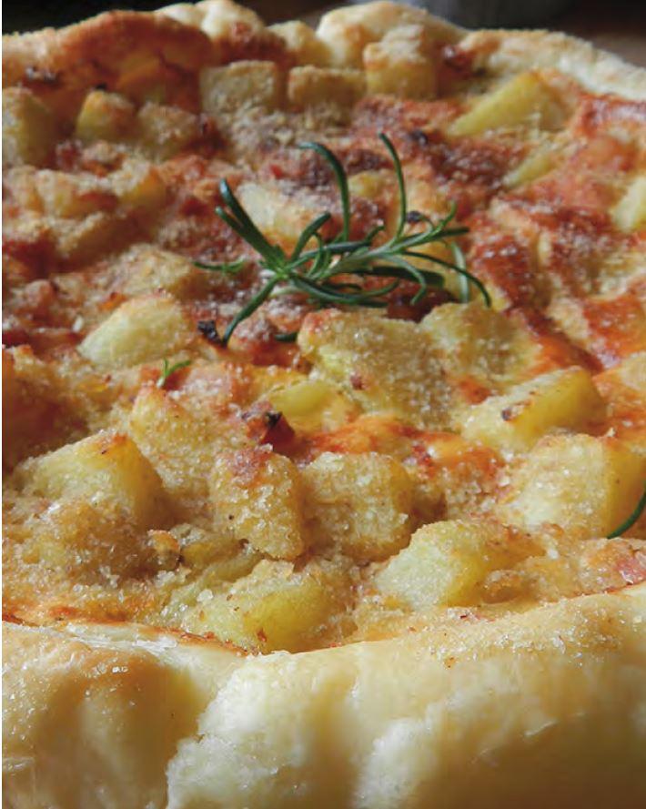 Torta di patate e salsiccia - Ricette di Sardegna