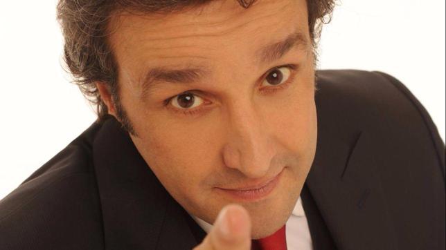 """Flavio Insinna, il gesto inaspettato dei concorrenti di """"Affari Tuoi"""""""