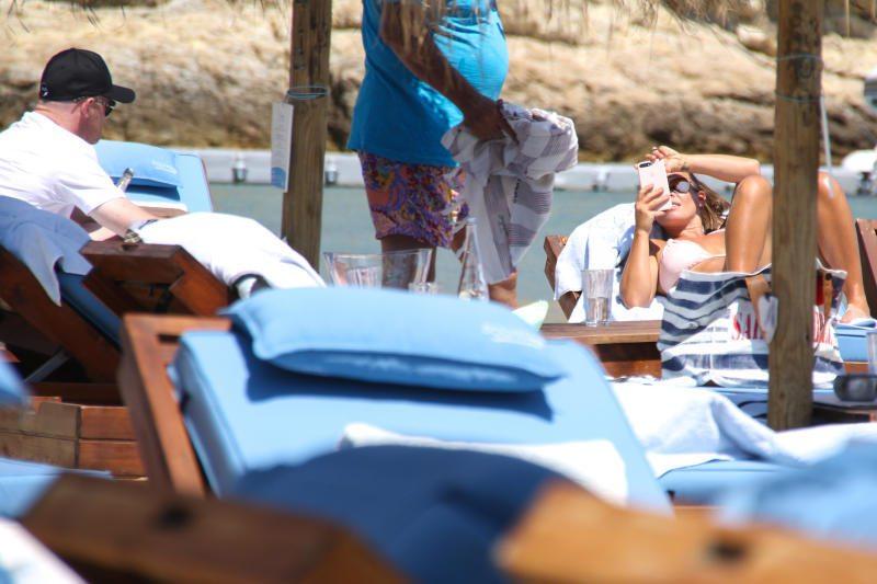 Wayne Rooney, vacanze a Mykonos con la moglie