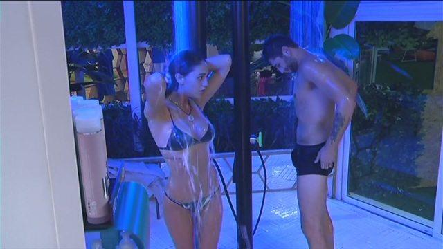 Grande Fratello Vip, i fratelli Rodriguez sono i primi a ... fare la doccia