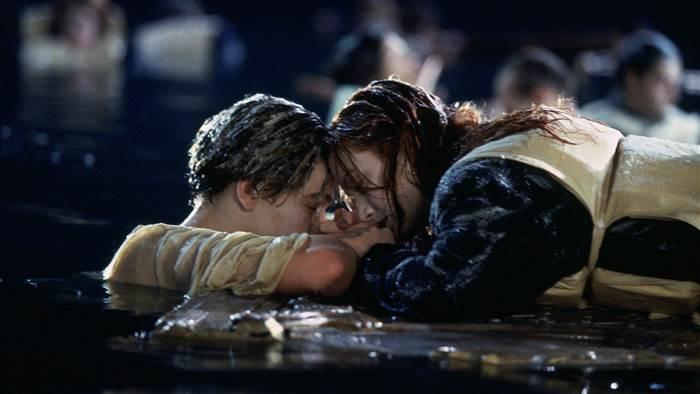 Titanic, ecco perché Jack doveva morire. Lo svela il regista James Cameron