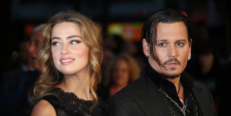 Gli amici si schierano sul divorzio tra Johnny Depp e Amber Heard