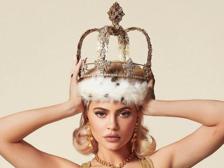 Kylie Jenner è la più giovane miliardaria self-made del mondo (di nuovo)