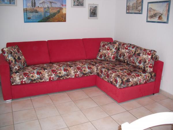 Chaise longue isole e divani con penisole anche su misura - Divano letto su misura ...