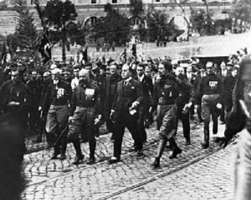 Riaggregare un forte movimento comunista contro i rigurgiti neofascisti