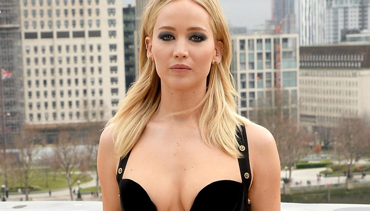 Jennifer Lawrence e il Versace della discordia
