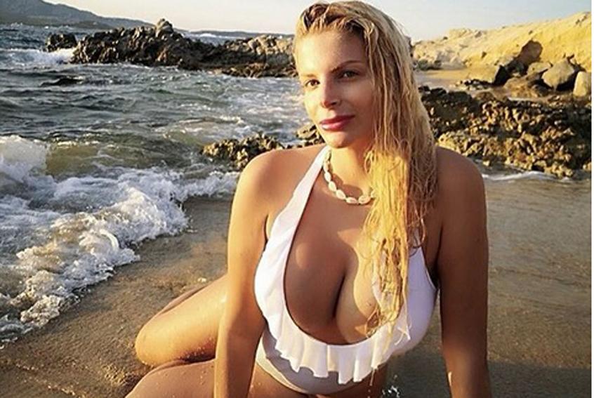 Francesca Cipriani, dopo il seno aumenta il lato b: «Entrata in competizione con Kim Kardashian»