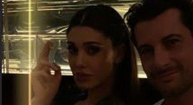 Belen Rodriguez a cena con Mirco Levati mostra lo scatto su Instagram: «Il mio playboy»
