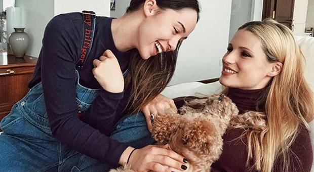 Michelle Hunziker e la barboncina Lilly: «Sono rimasta incinta e ha avuto una gravidanza isterica, siamo in simbiosi»»