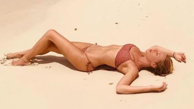 Dalla Marcuzzi alla d'Urso, ecco i bikini di fine estate delle conduttrici Mediaset