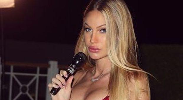 Taylor Mega ubriaca a Live non è la D'Urso, la conferma dalla modella: «Ho bevuto 4 bicchieri di vodka»