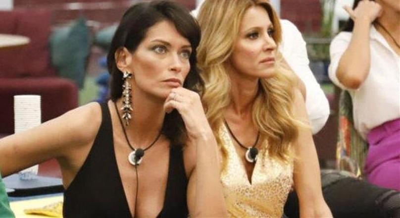 GF Vip, Fernanda Lessa svela il retroscena su Adriana Volpe: «Piangeva e vomitava»