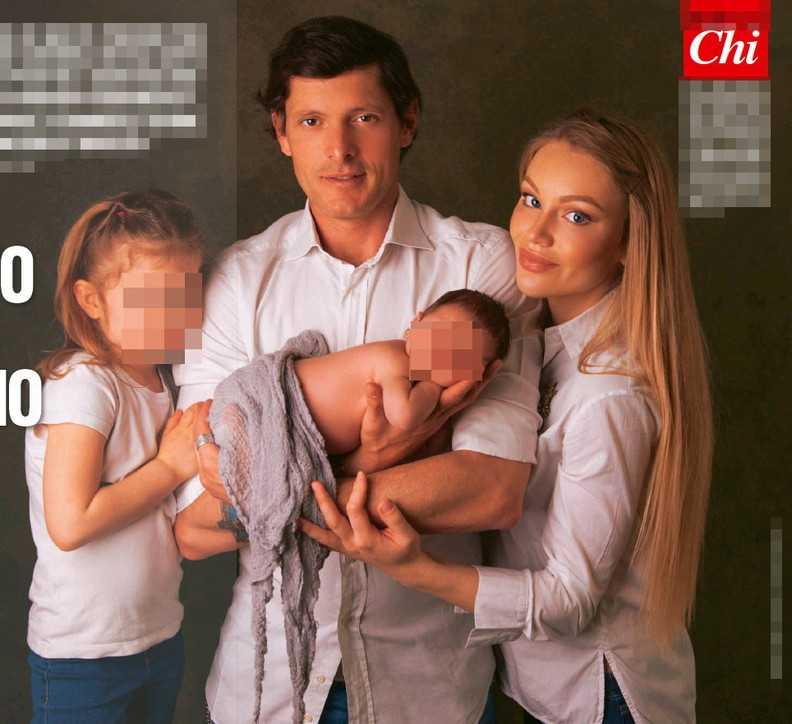 Aldo Montano in posa con la famiglia e presenta il piccolo Mario