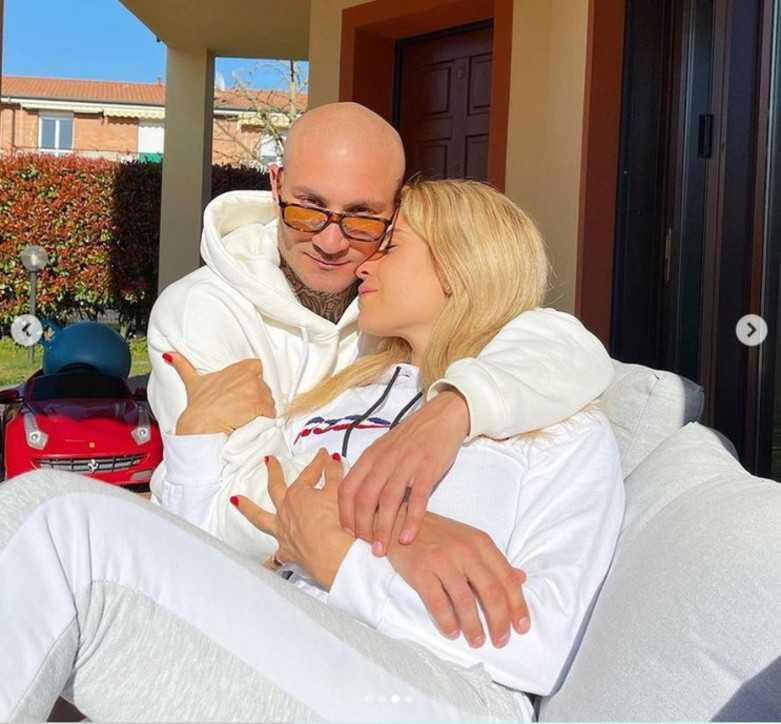 Paola Caruso innamorata persa del suo nuovo amore Dario Socci