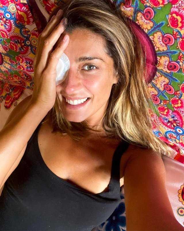 Elisa Isoardi torna in Italia con l'occhio bendato ho fatto gli accertamenti