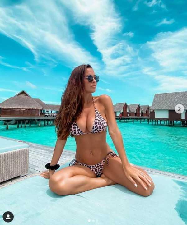 Alessia Macari alle Maldive con il marito Oliver Kragl  fa sognare i follower
