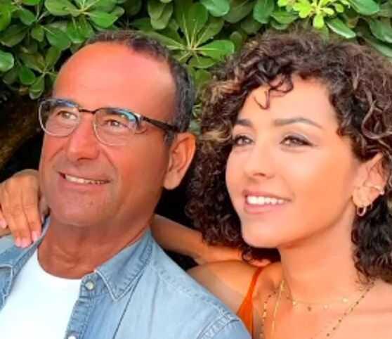 Carlo Conti festeggia 9 anni di matrimonio con la moglie Francesca Vaccaro