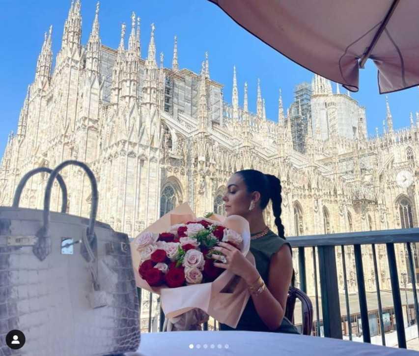 Georgina Rodriguez a Milano senza Cristiano Ronaldo