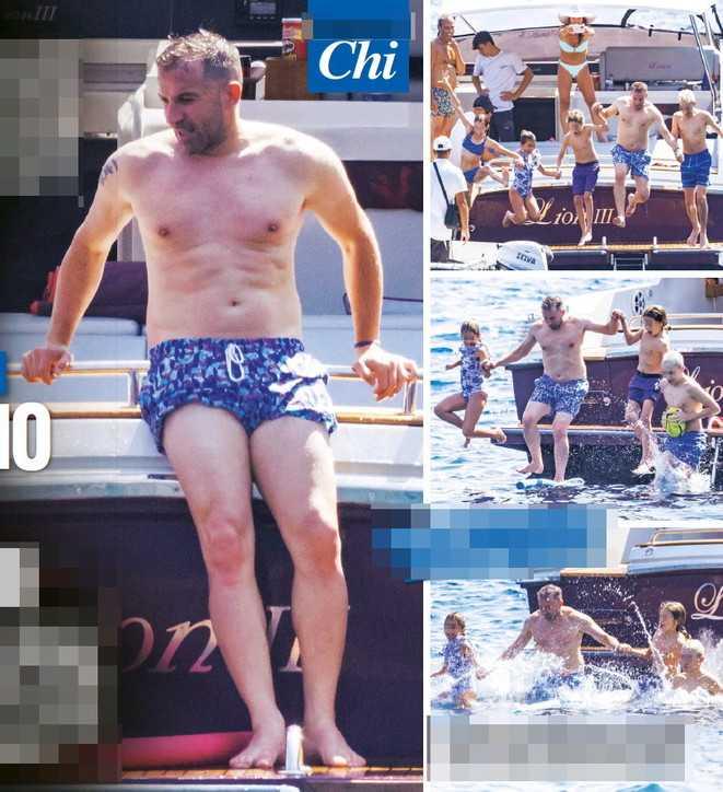 Alessandro Del Piero in vacanza a Capri con la sua famiglia