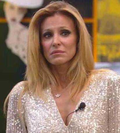 Adriana Volpe parole dure contro l'ex marito Roberto Parli ha dei problemi
