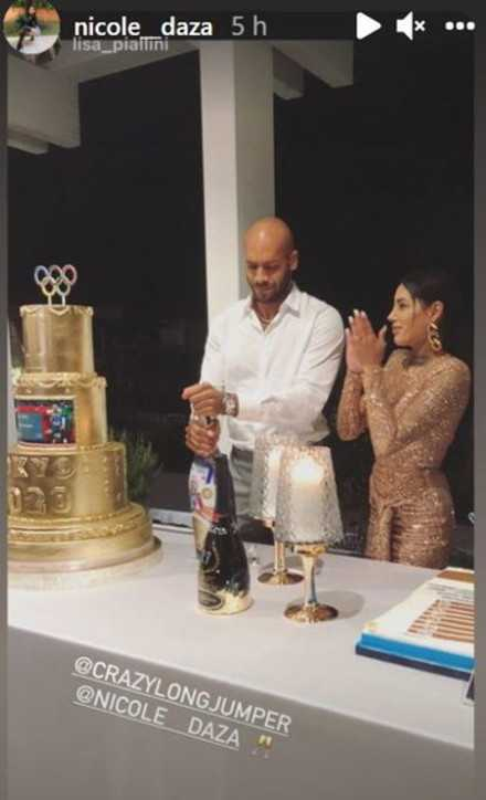 Marcell Jacobs alla sua festa di compleanno fa la proposta di nozze a Nicole Daza