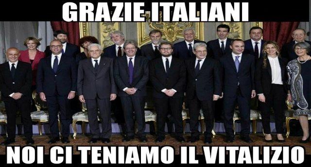 Tanto preoccupati per la sorte dei 13 milioni di poveri in Italia, da non avere neanche il tempo di votare per l'abolizione dei vitalizi... Poverini...