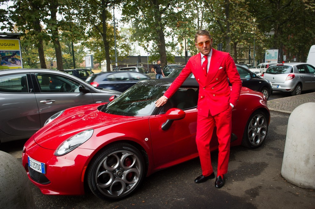 Lapo elkann for Planimetrie dell officina del garage