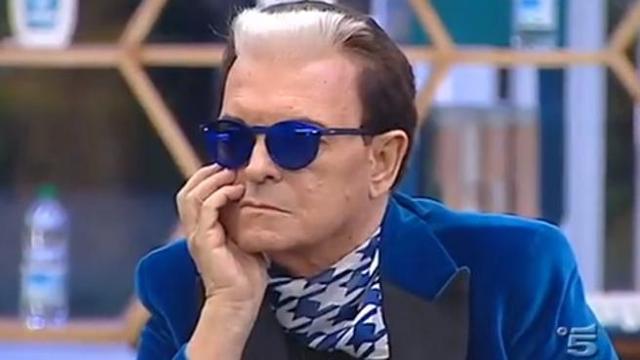 """Gf Vip, Cristiano Malgioglio si confessa: """"Se sono diventato gay lo devo solo a questa donna"""""""