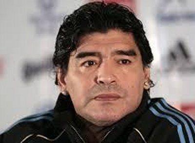 Diego Armando Maradona vuole la cittadinanza onoraria di Napoli