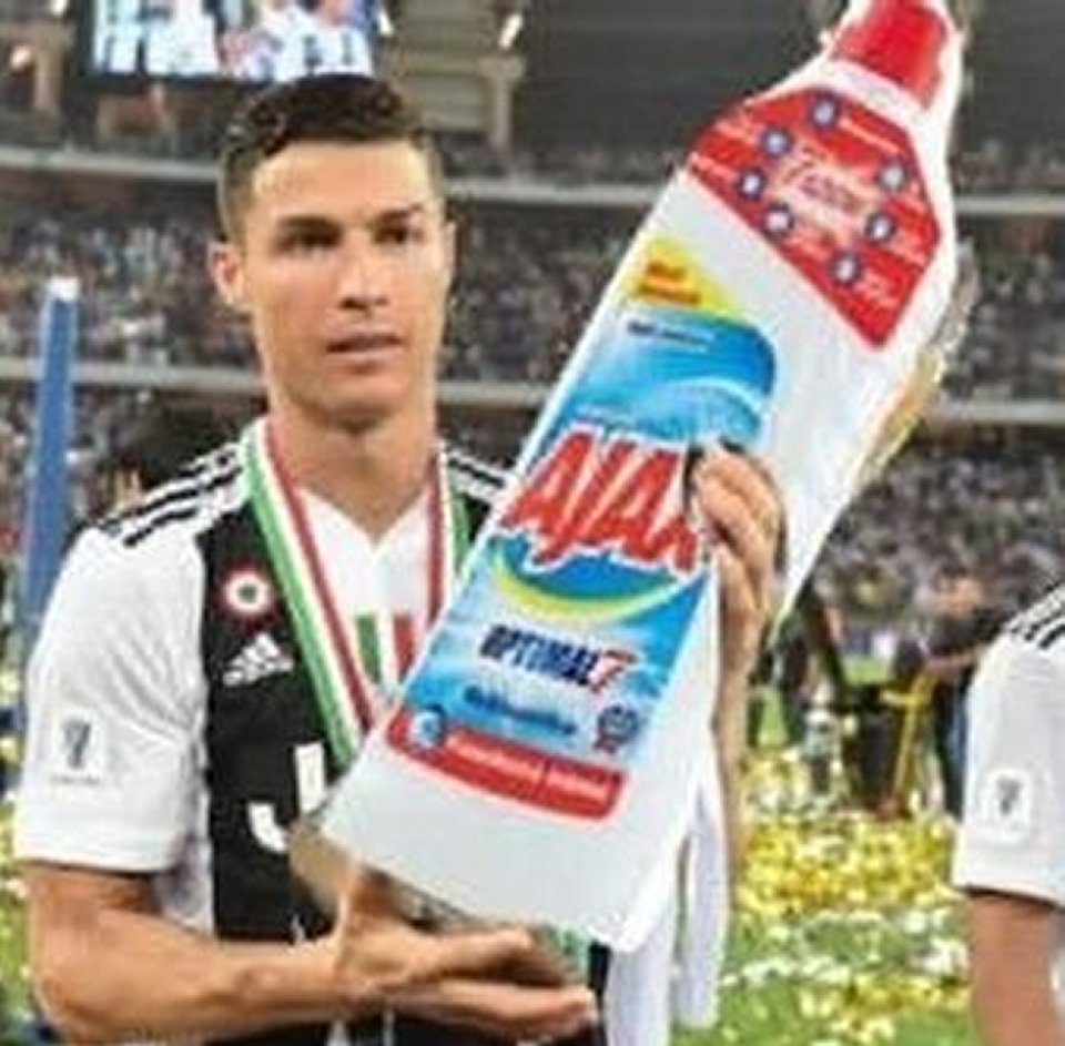 La Juventus eliminata ai quarti di Champions l'ironia arriva dal web