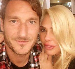 Ilary Blasi ai follower mostra la cameretta di Francesco Totti