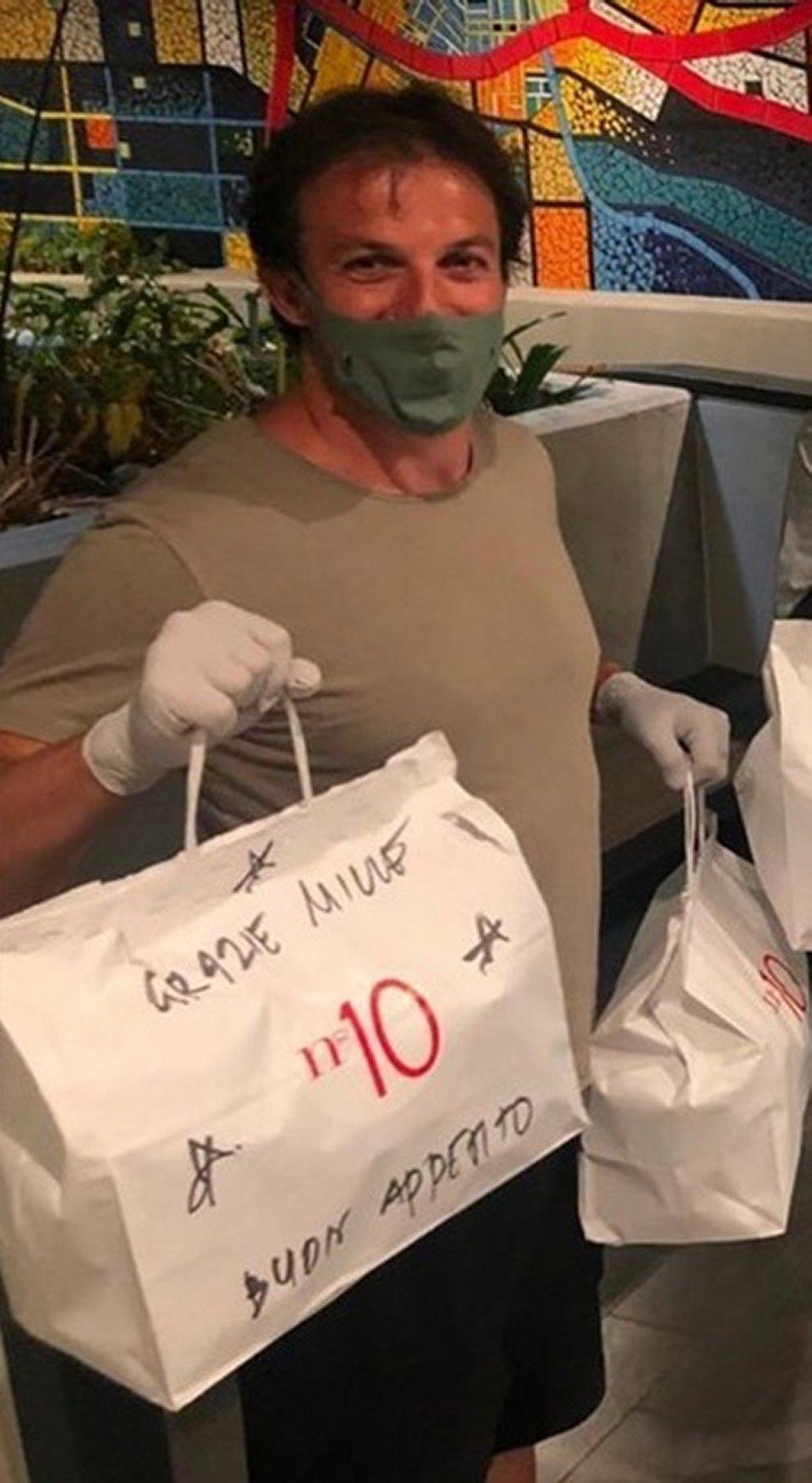 Alessandro Del Piero a Los Angeles consegna a domicilio il cibo alle famiglie in difficoltà
