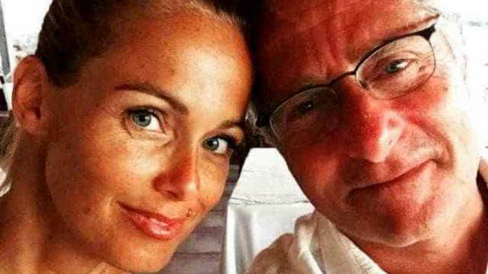 Paolo Bonolis racconta la sorpresa alla moglie: