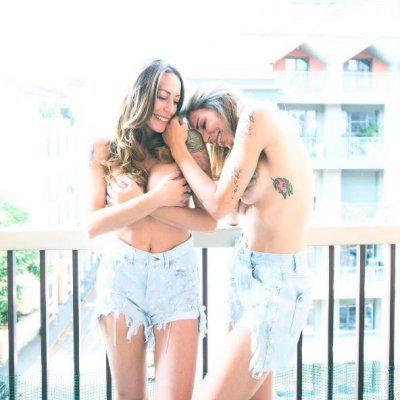 Guendalina Canessa e Karina Cascella hot in topless