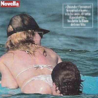 Heidi Klum siparietto hot al mare con il fidanzato