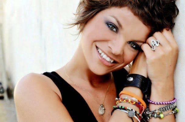 """Alessandra Amoroso, il post choc: """"Non mi sposo"""""""