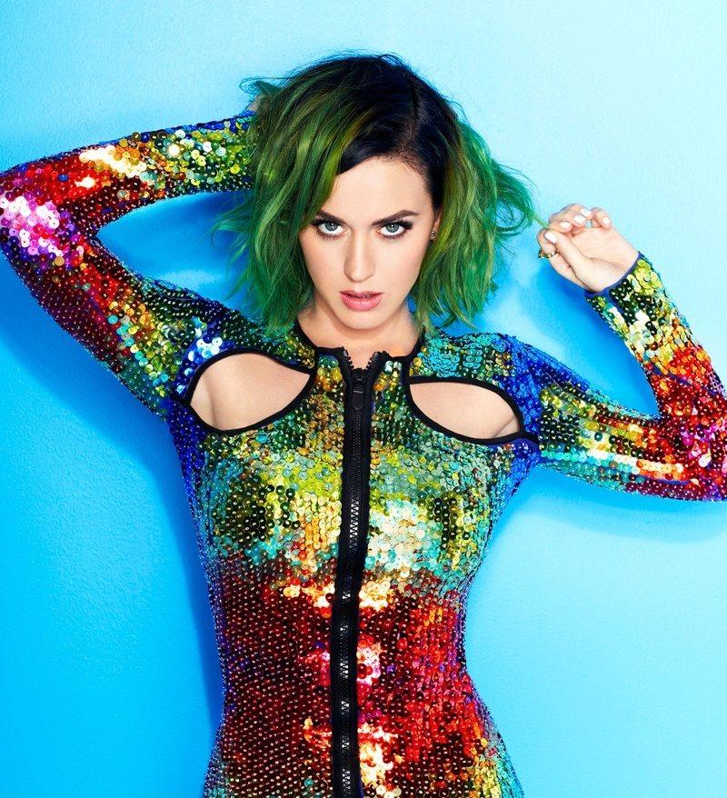 Katy Perry regala il nuovo album a chi compra biglietto del tour