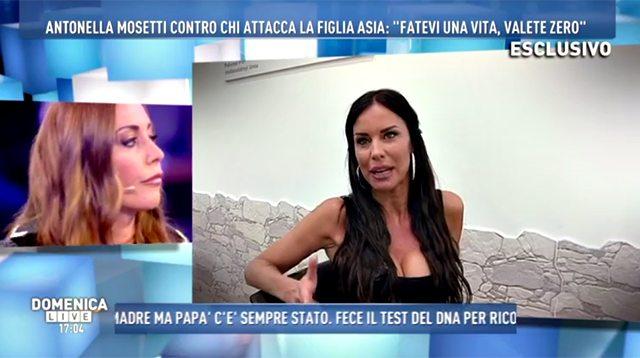 """""""Domenica Live"""", Antonella Mosetti difende la figlia: """"Asia non è rifatta"""""""