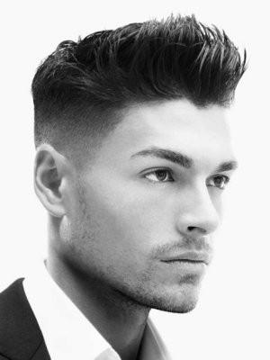 Taglio di capelli per i maschi
