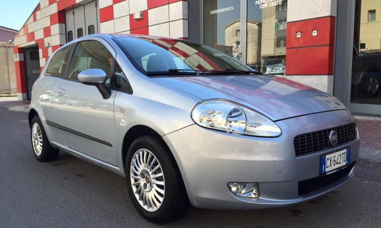 Fiat Grande Punto 1.3 M-Jet 90 cv Dynamic 3p on fiat panda, fiat barchetta, fiat ritmo, fiat x1/9, fiat stilo, fiat multipla, fiat seicento, fiat 500 abarth, fiat cinquecento, fiat cars, fiat 500 turbo, fiat doblo, fiat spider, fiat coupe, fiat 500l, fiat linea, fiat marea, fiat bravo,