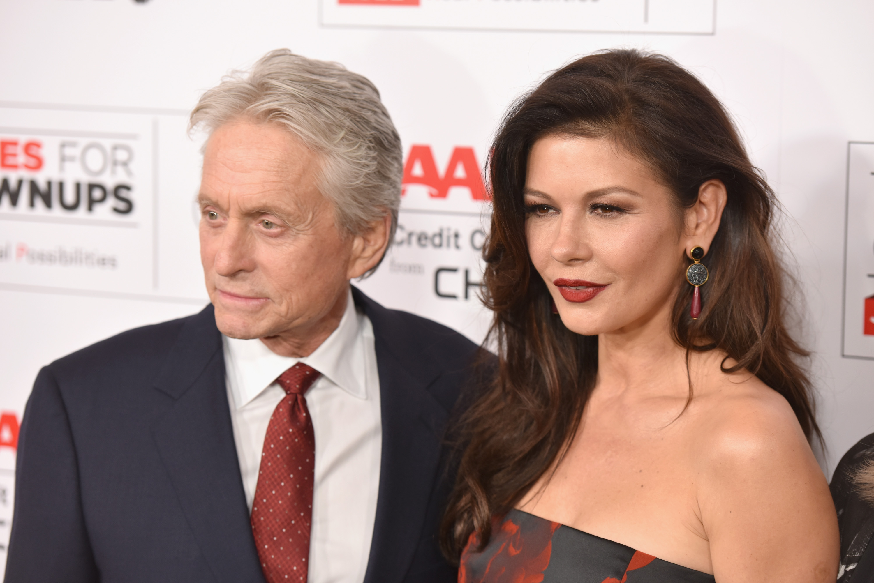 Catherine Zeta-Jones, svolta hot a 49 anni
