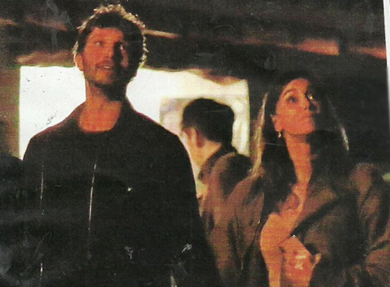 Belen Rodriguez e Stefano De Martino, viaggio di nozze a Ibiza. Un fratellino in arrivo per Santiago?