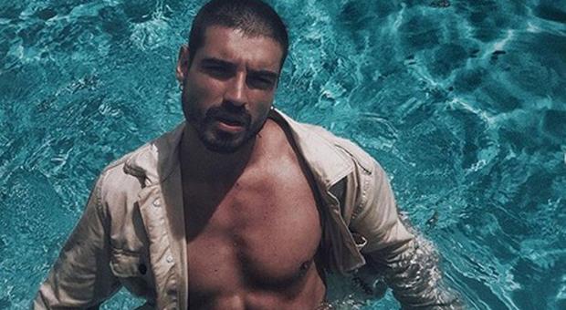 Fabio Colloricchio, incidente all'Isola dei Famosi dopo una prova: ecco come sta l'ex tronista