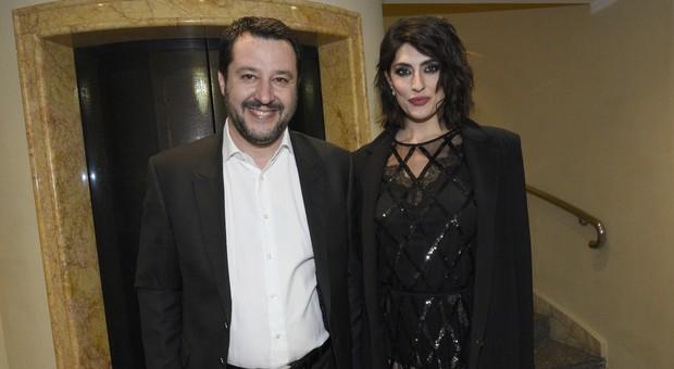 Elisa Isoardi: «Salvini? L'ho chiamato dopo la colica, siamo rimasti amici. Per gelosia gli spaccai il cellulare»